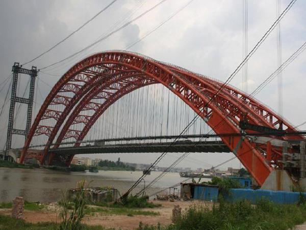 实例:应用碳纤维布加固梁式桥梁