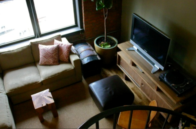 个性旋转楼梯设计一居室室内设计实景图