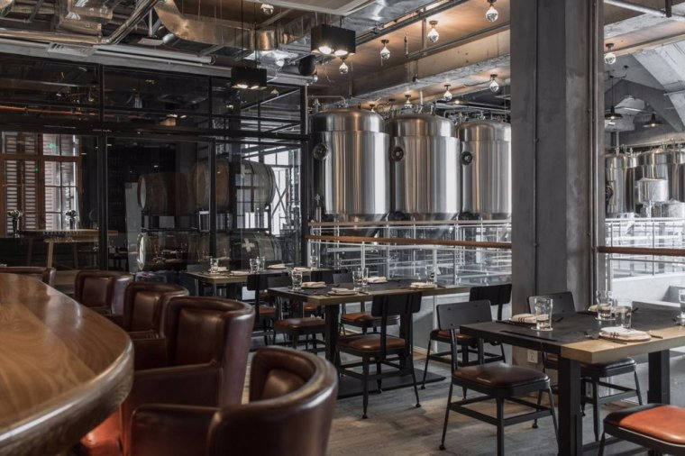 10-GOOSE-ISLAND-BREWHOUSE-China-by-ASIG-Design-1