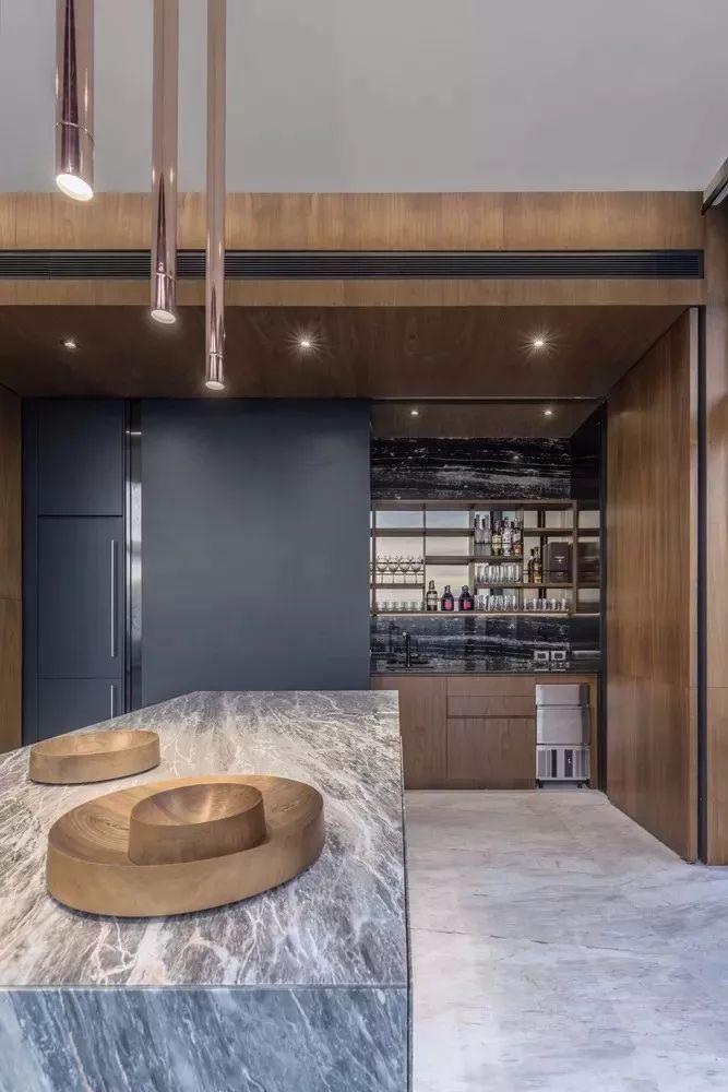 室内设计 130㎡的单身公寓,设计感十足_25