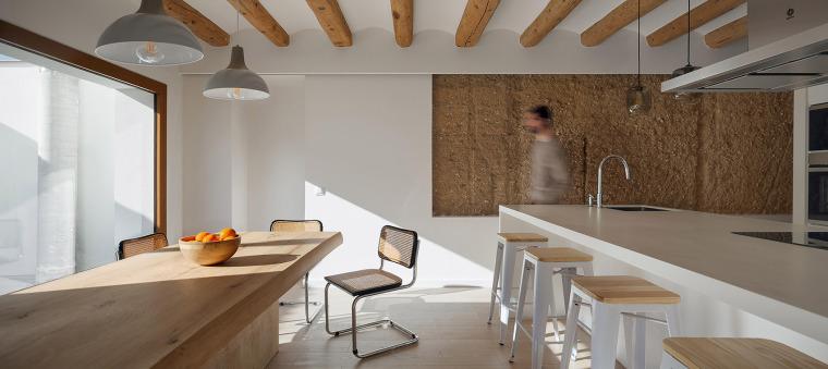 西班牙CalJordi&Anna住宅改造-004-house-renovation-cal-jordi-anna-by-hiha-studio