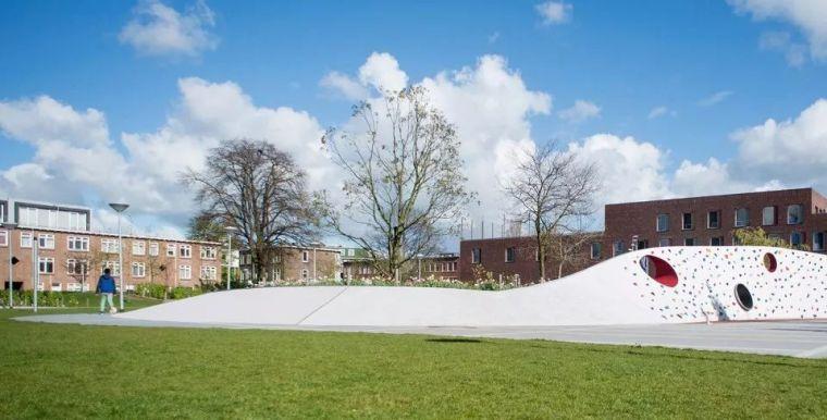 造一片撒野的小天地,激活现代城市广场