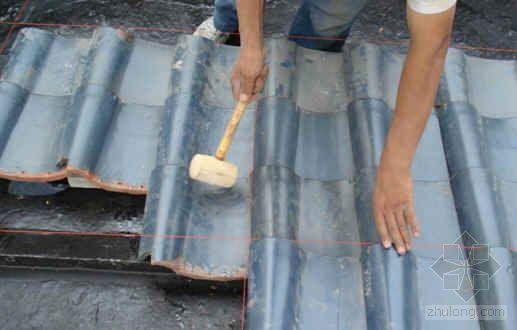 S形瓦屋面铺设施工工法