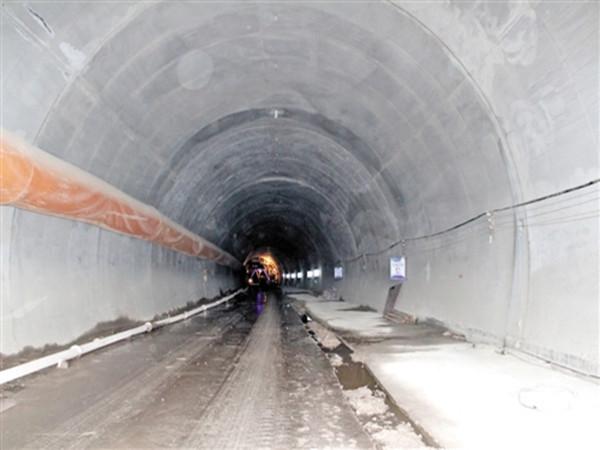 [QC]隧道工程QC小组成果提高隧道衬砌砼质量