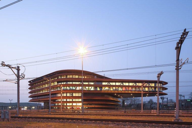荷兰乌特勒支列车控制中心大楼_10