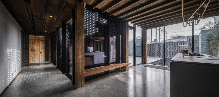 上海原招待所改造的新中式渝舍印象酒店内部实景图 (8)