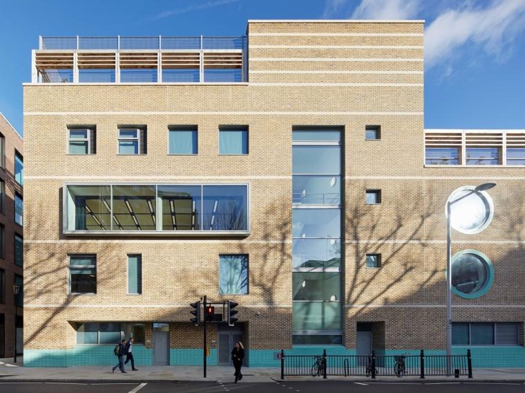 马尔堡学校重建项