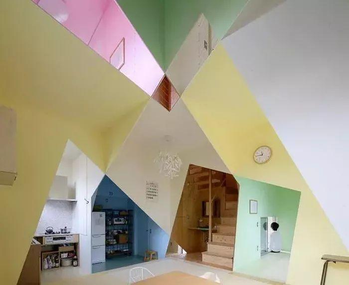 几何图形也能将设计完美呈现,感叹设计师的鬼斧神工