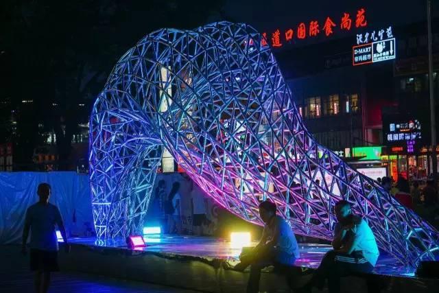 一个单词产生的设计灵感,结果火了北京的商业广场~_62