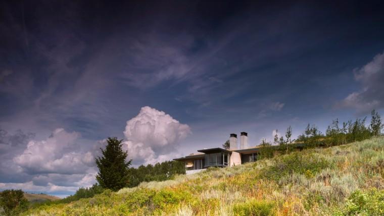 山谷中的现代风格杰克逊养老乡村别墅