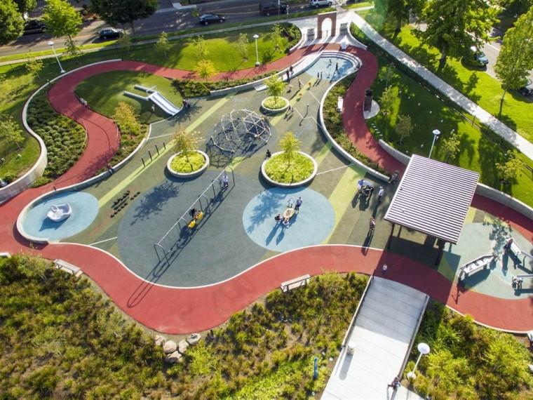 美国萨利姆康复性中心适应性游乐场