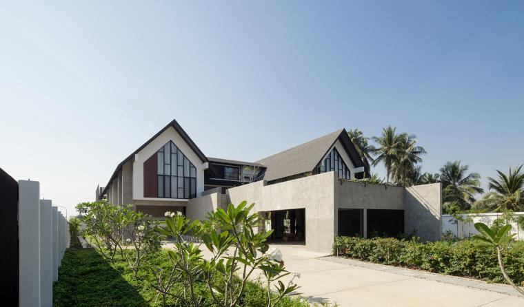 泰国现代田园式住宅外部实景图 (2)