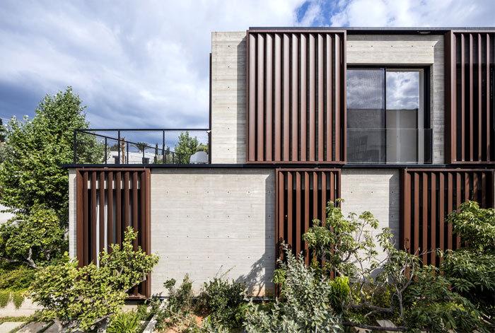 采用特色Corten钢的现代风格住宅