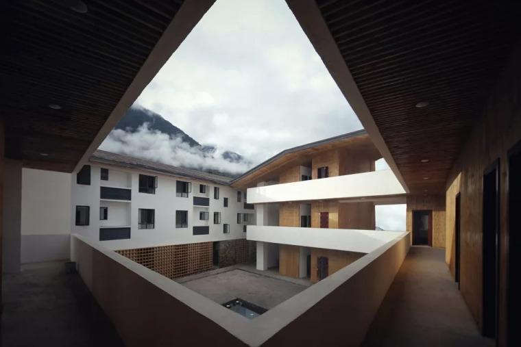 最遥远的气象中心-西藏墨脱气象中心/EIDArchitecture_6