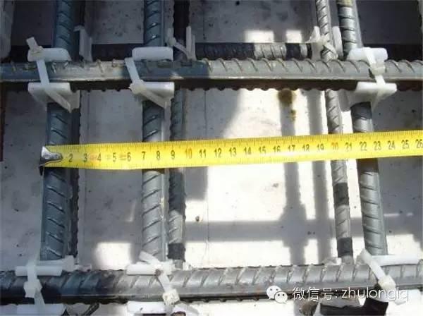 无砟轨道施工常见质量问题现场图示_8