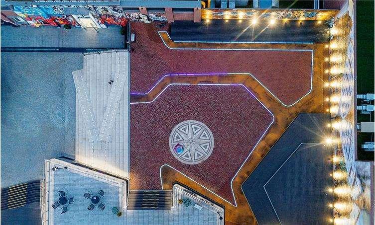 龙湖滨江天街商业景观-15