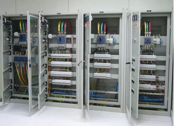 ups配电柜配线图资料下载-建筑电气:总分配电箱系统图学习,很全的技术!