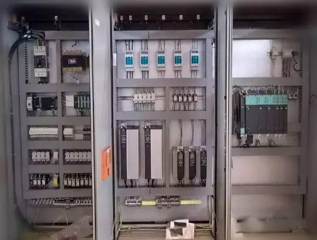 图解成套电气配电柜原理