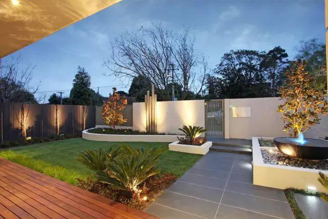 赶紧收藏!21个最美现代风格庭院设计案例_62