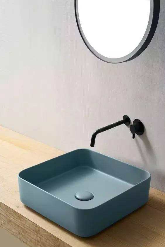 卫生间要选台盆,哪款更好呢?
