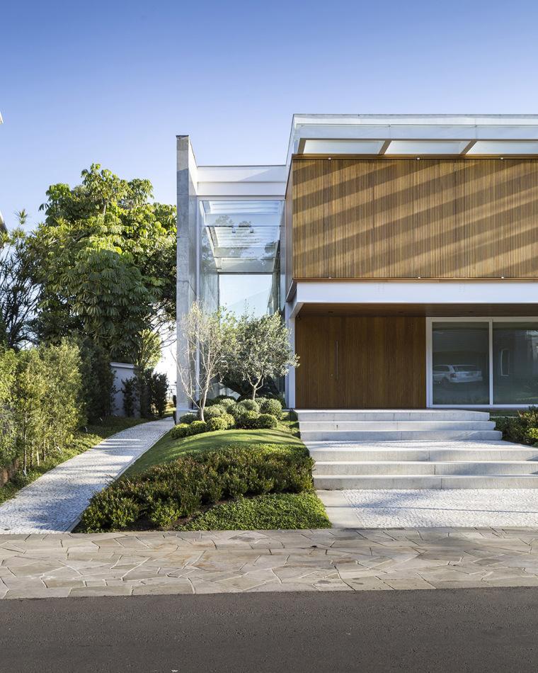 结构与空间融合的JardimdoSol住宅-4