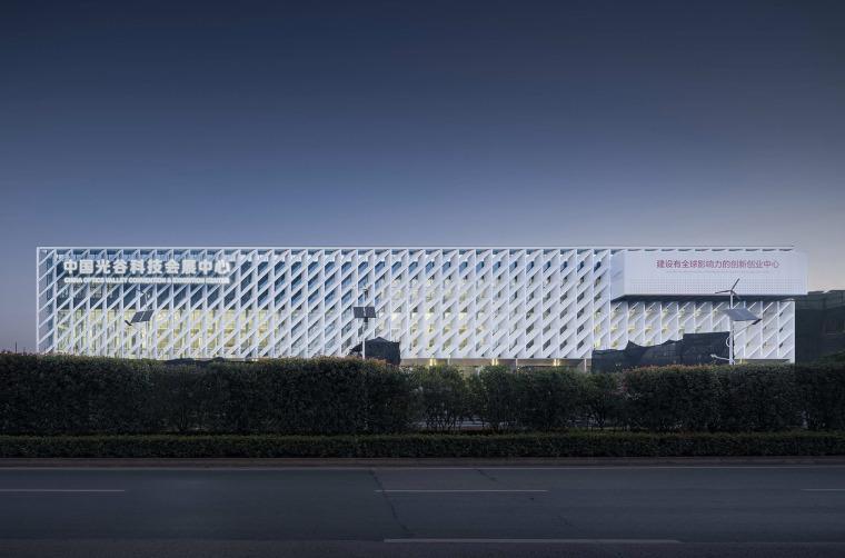 武汉中国光谷科技会展中心-6