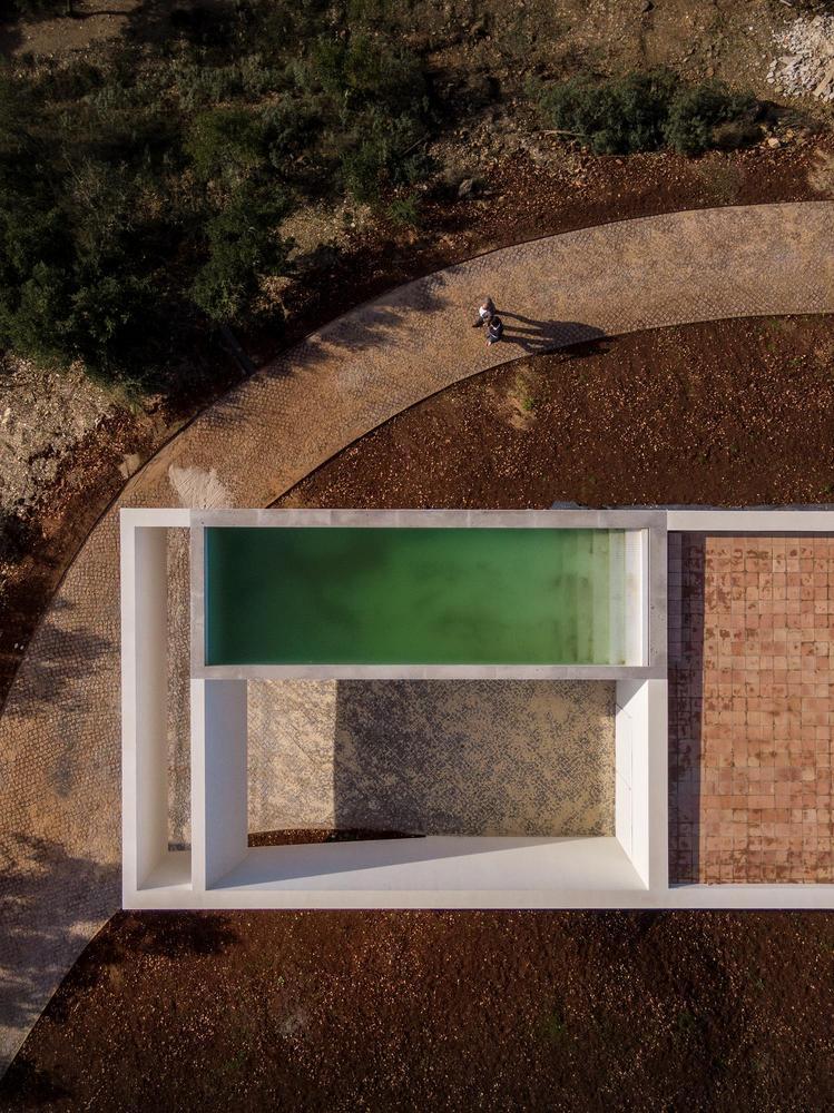 葡萄牙雕塑艺术般写意的住宅-1551071390160829