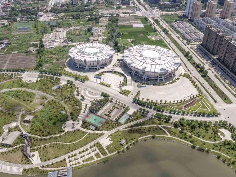 与城市和景观对话-苍南体育中心,浙江/中南建筑设计院(海南华