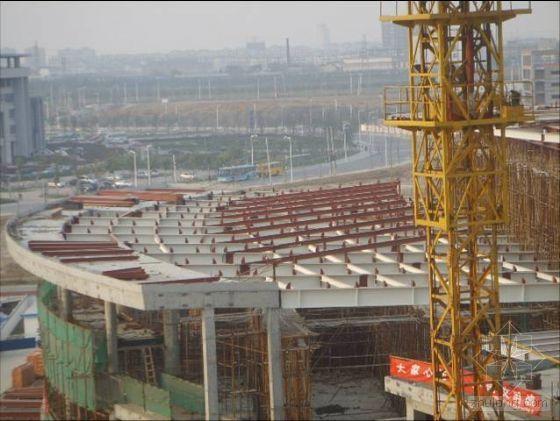 运用QC方法确保裙房大跨度钢结构施工质量