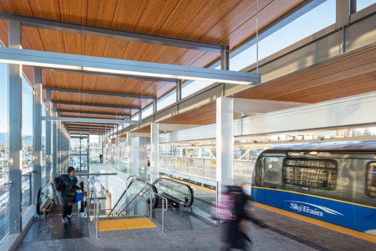 加拿大长青线车站-5