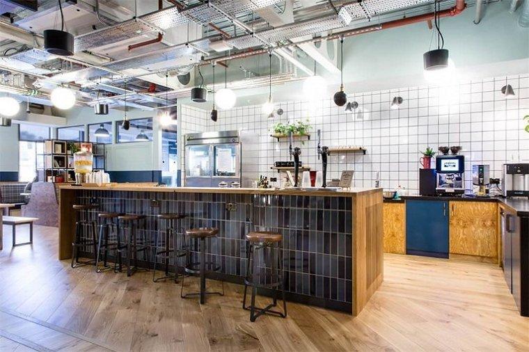 咖啡厅风格的联合办公空间-帕丁顿区WEWORK联合办公室室内实景图 (3)