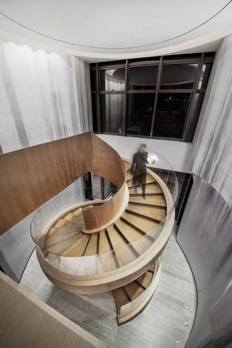 650平米依山而建销售中心设计,很惊艳!_11