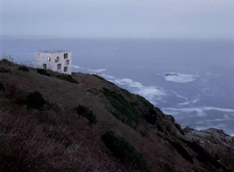 这个智利建筑事务所设计房子,几乎像是一场方形、圆形或其他元素_12