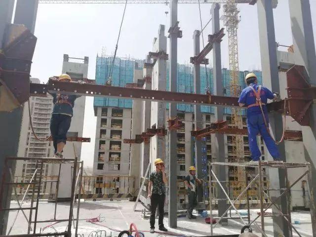 浭阳新城首栋装配式钢结构住宅工程拔地而起_3