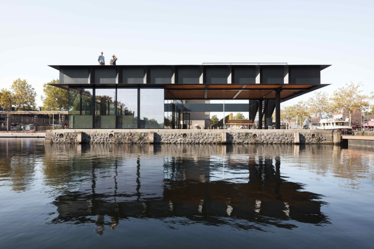 Piushaven海港展览馆案例(荷兰)