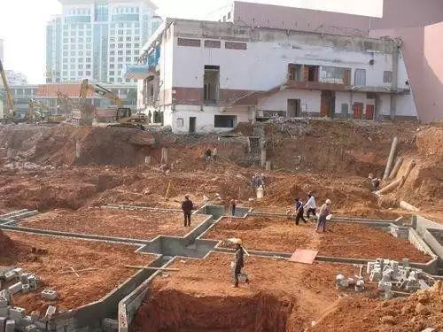 桩承台施工的工艺流程、基坑开挖、钢筋绑扎等技术问题_3