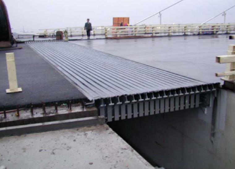 桥面铺装布置与构造建设