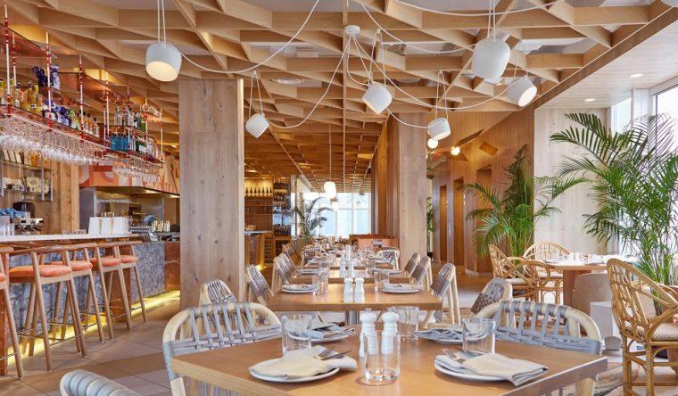 如同活力绿洲般的酒店顶层餐厅——加拿大 KŌST餐厅