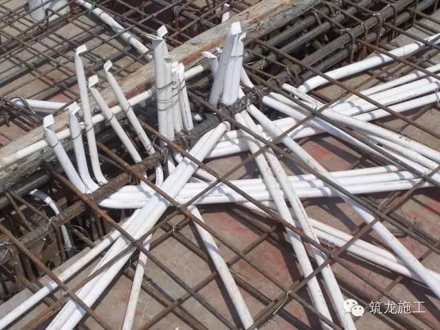 钢筋混凝土现浇板裂缝防治有效措施-图片8.jpg