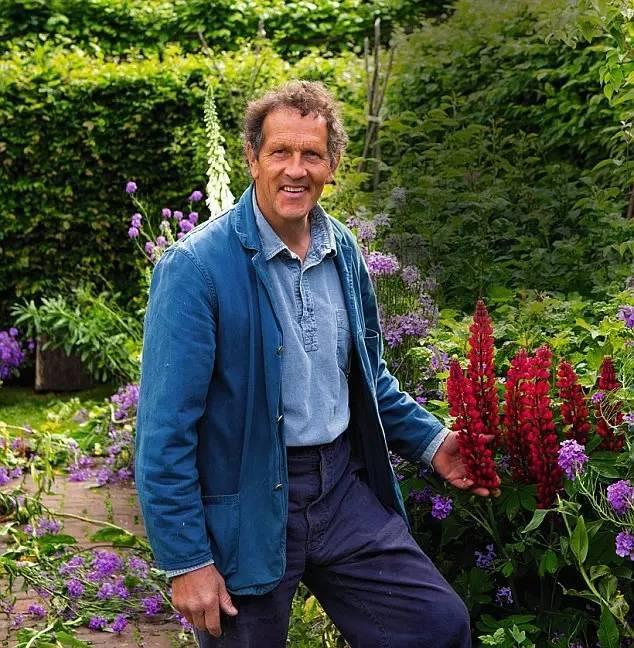 英国花园的魅力不仅是美丽,更是一种心境