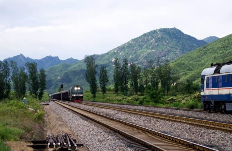 [济南]铁路工程现场安全文明管理标准