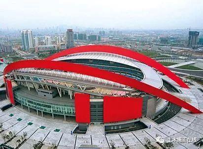 建筑业10项新技术之钢结构滑移、顶(提)升施工技术_3