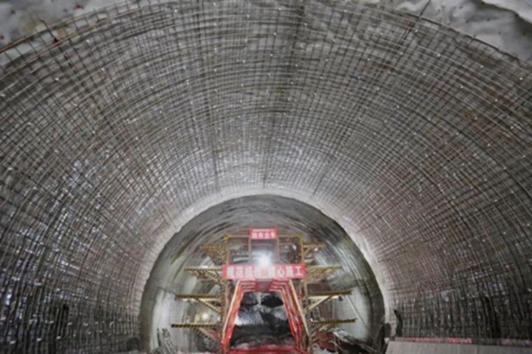 湘西最美高铁取得新进展,又一隧道工程顺利贯通!_15