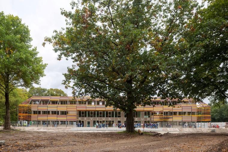 Vermeer资料下载-教育和体育设施独立设置的多伦学校