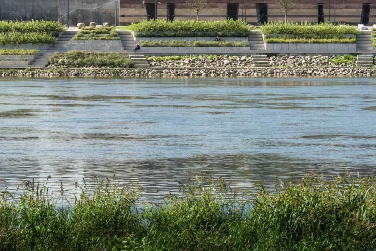 维斯瓦河滨河大道-12