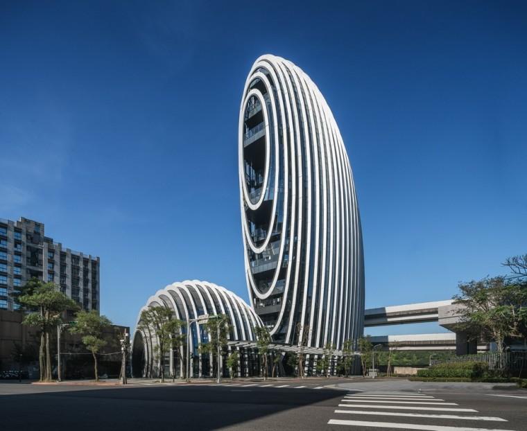 基隆河畔的绿色办公建筑 —— 砳建筑,台北 / Aedas