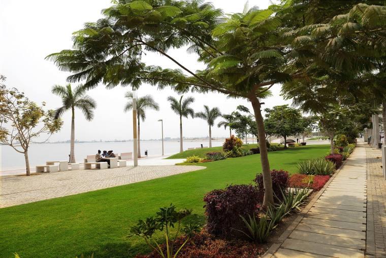 安哥拉罗安达湾滨海景观