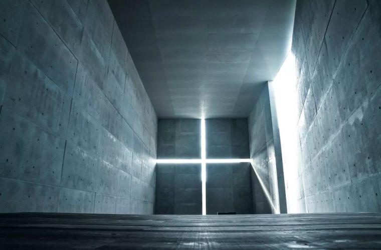 建筑大师安藤忠雄,整了本谈自己的建筑的书,非常特别,有趣…