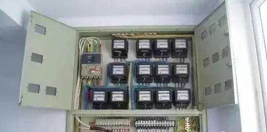施工很规范,标识牌清楚,一个好的机电安装施工做法!_42