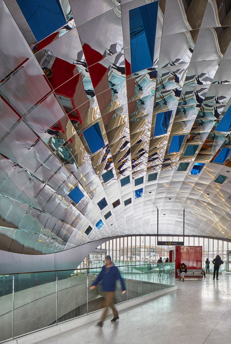 加拿大大气照相机公共艺术装置-005-atmospheric-lens-by-grimshaw-architecture